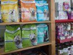 Pet Shop Γλυκά Νερά Χίνου Ιωάννα τροφές για μικρά ζώα Κάντζα αξεσουάρ